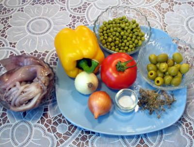 Салат из кальмаров — фото продуктов