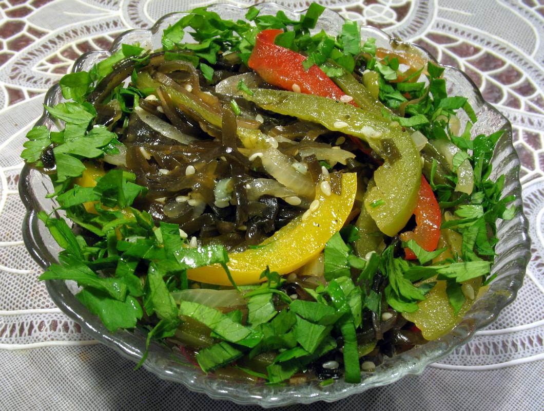 морская капуста рецепты салатов из замороженных
