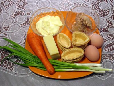 рецепты салатов с печенью трески в тарталетках