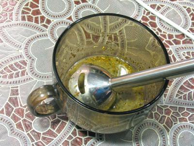 Фото этапа приготовления салата из тунца с макаронами