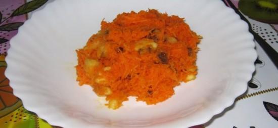 Салат морковный с бананом