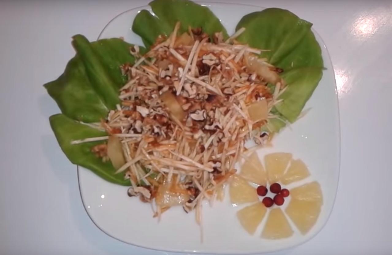 Салат ананасы креветки рецепт пошагово в