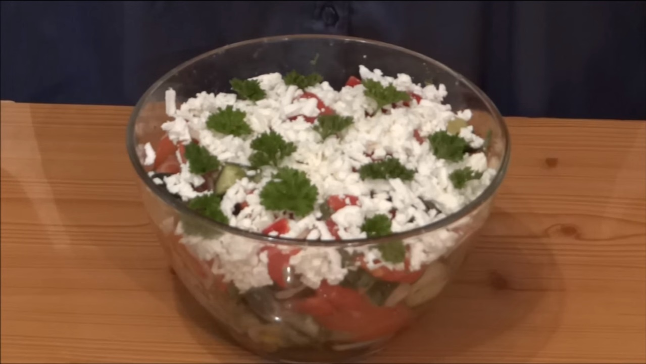 Салат из сладкого перца с майонезом